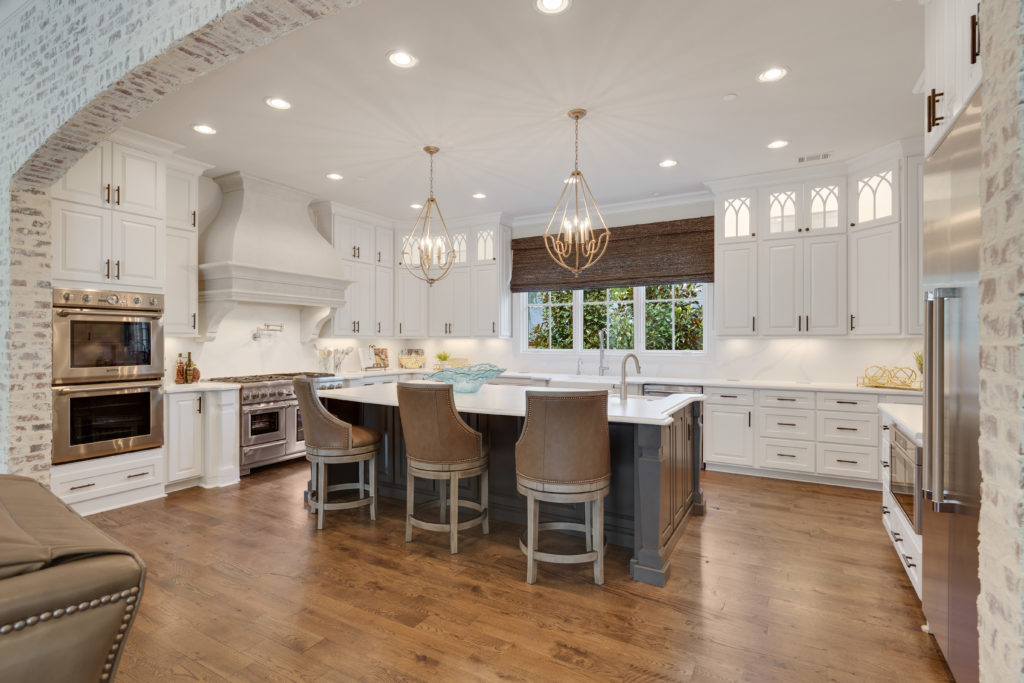 How Kitchen Cabinets are an Important Asset to Any Home ...